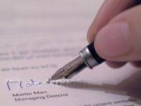 tanda-tangan-kontrak.jpg